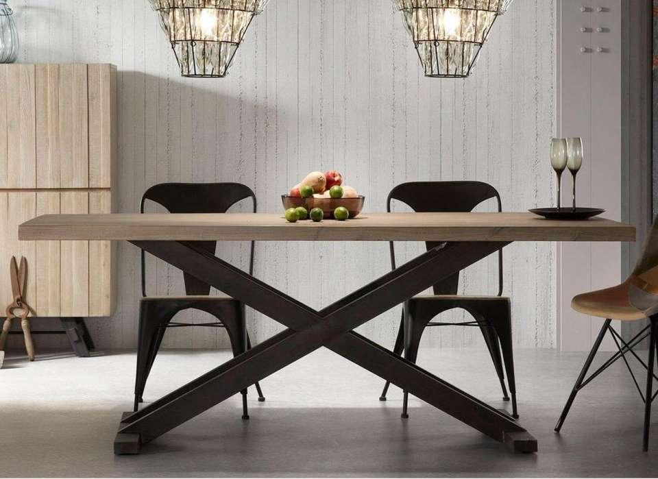 Mesas de <strong>comedor</strong> en hierro y madera. Estilo Vintage Industrial.