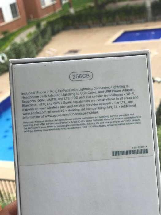 Vendo o Cambio iPhone 7 Plus Oro 256 GB Full Completo por iPhone x note 9 o P30 o S9 PLUS