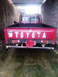 Se Vende Toyota Año 77 Matriculada