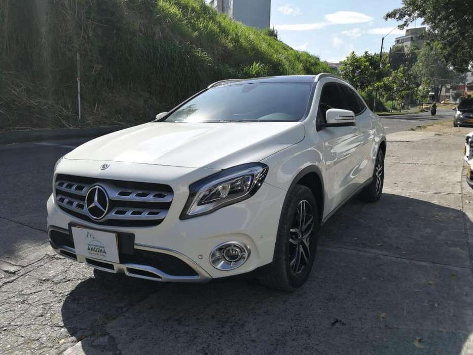 <strong>mercedes</strong>-Benz Clase GLA 2018 - 17000 km
