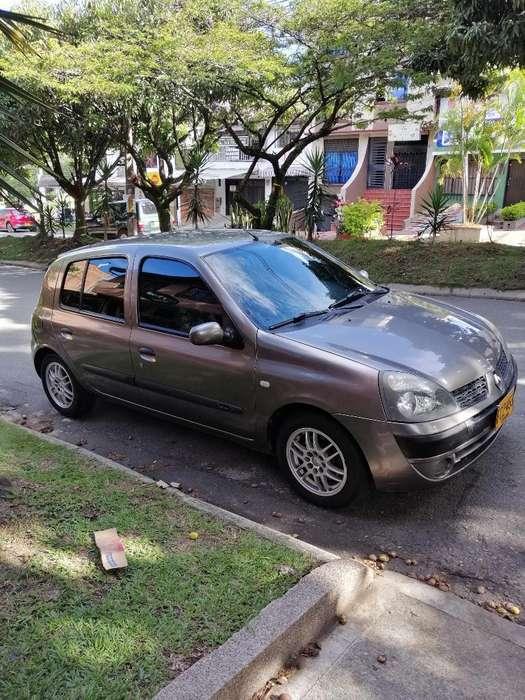 Renault Clio  2007 - 90000 km