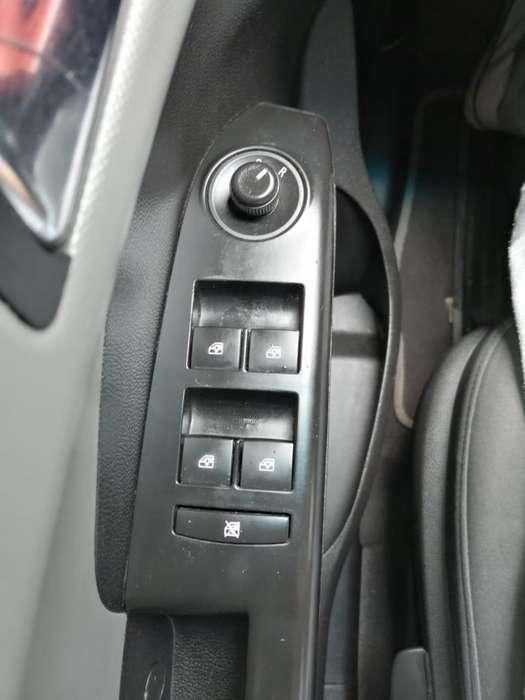 Chevrolet Sonic 2013 - 53000 km