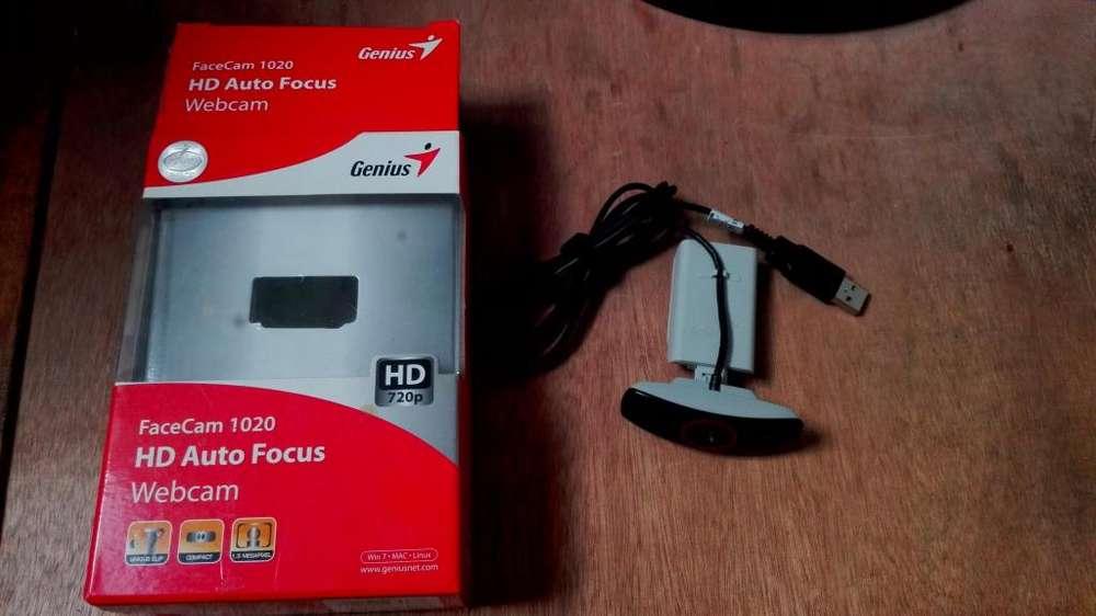 carama genius 102 HD facecam