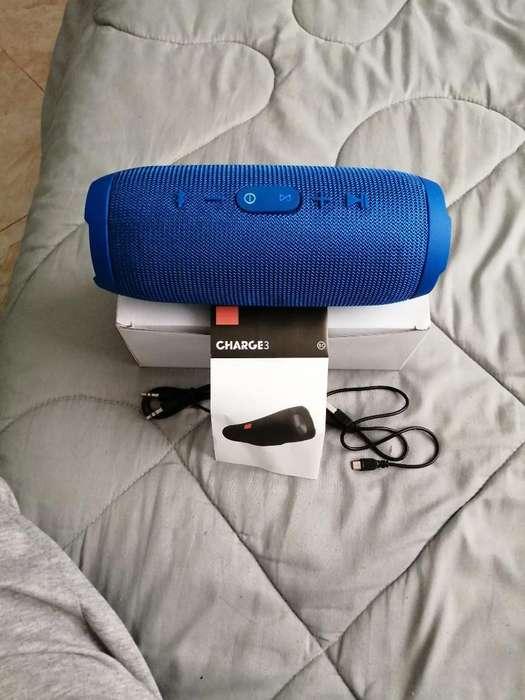 Waterproof Portable Speaker Charger3