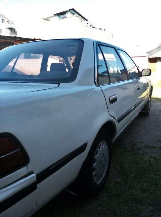 Toyota Crown 1991 - 380 km