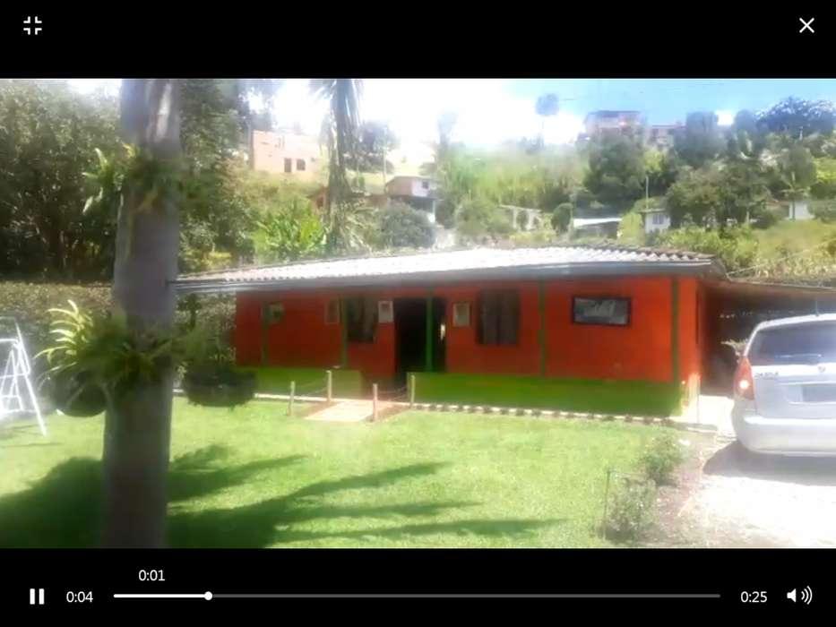 CASAFINCA ABREO RIONEGRO 4 HABITACIONES, INCLUYE WIFI Y TVCABLE 312 644 66 00