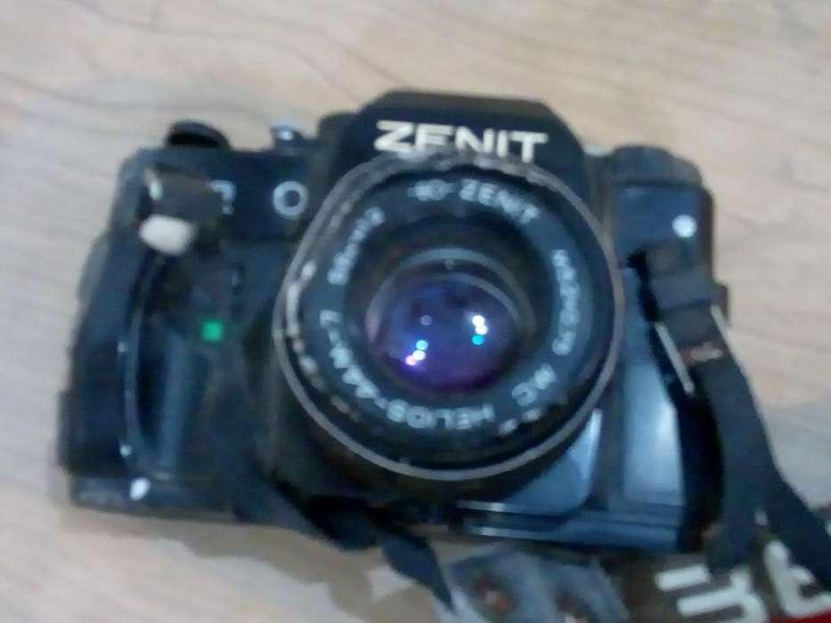 Camara Zenit
