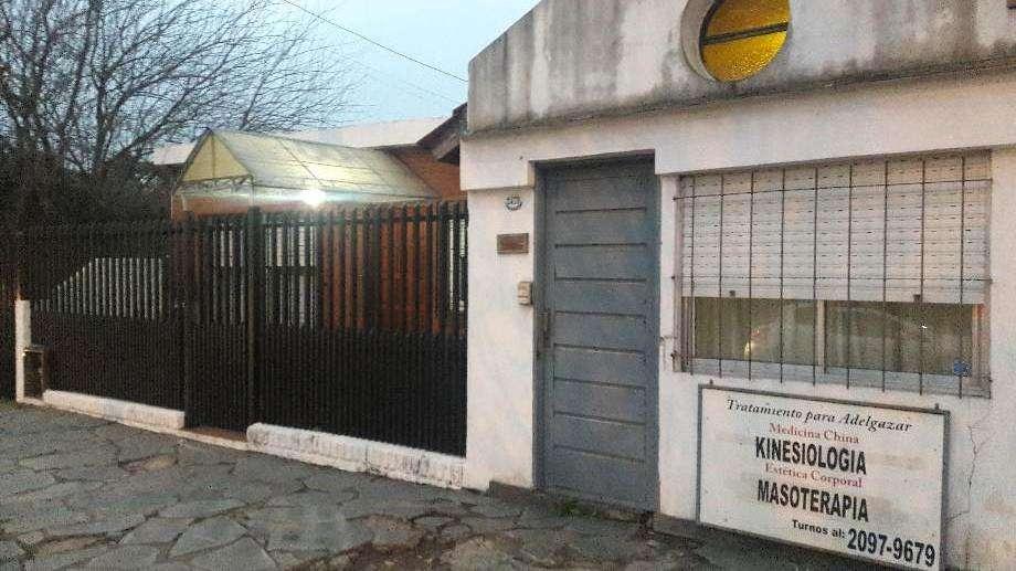 Casa para 2 Familias en venta en Ituzaingo Norte