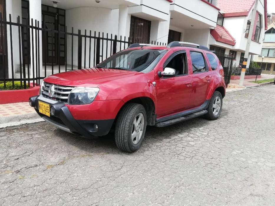 Renault Duster 2013 - 100 km