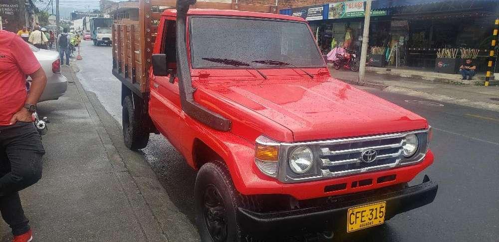 Toyota Land Cruiser 1997 - 10000 km