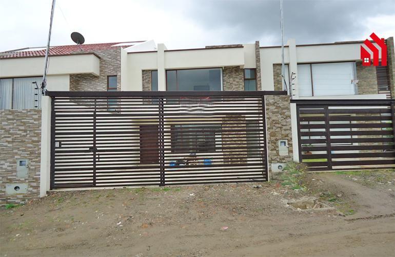 """P1179 Casa en Cuenca a la Venta por Estrenar  Sector """"Camino Viejo a Baños""""  130.000"""