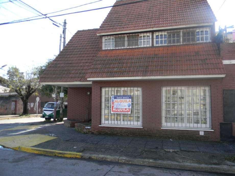 Casa PH en alquiler en Bernal Centro