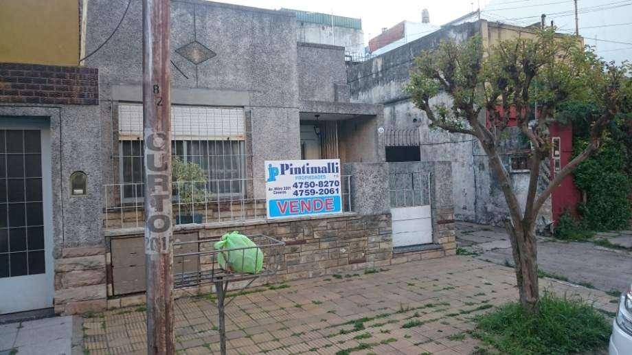 Casa para 2 Familias en venta en Ciudadela