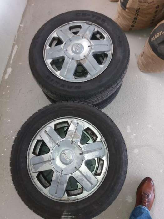 Aros Rin 14 de Chevrolet Corsa