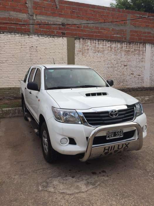 <strong>toyota</strong> Hilux 2015 - 41500 km