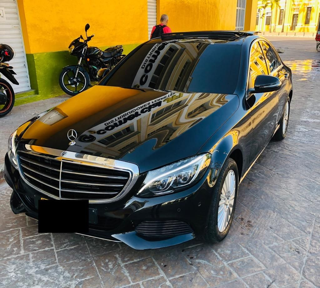 Mercedes Benz Executive C200