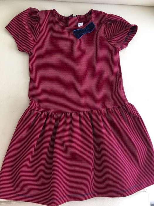 Vendo Lote de Vestidos de Niña