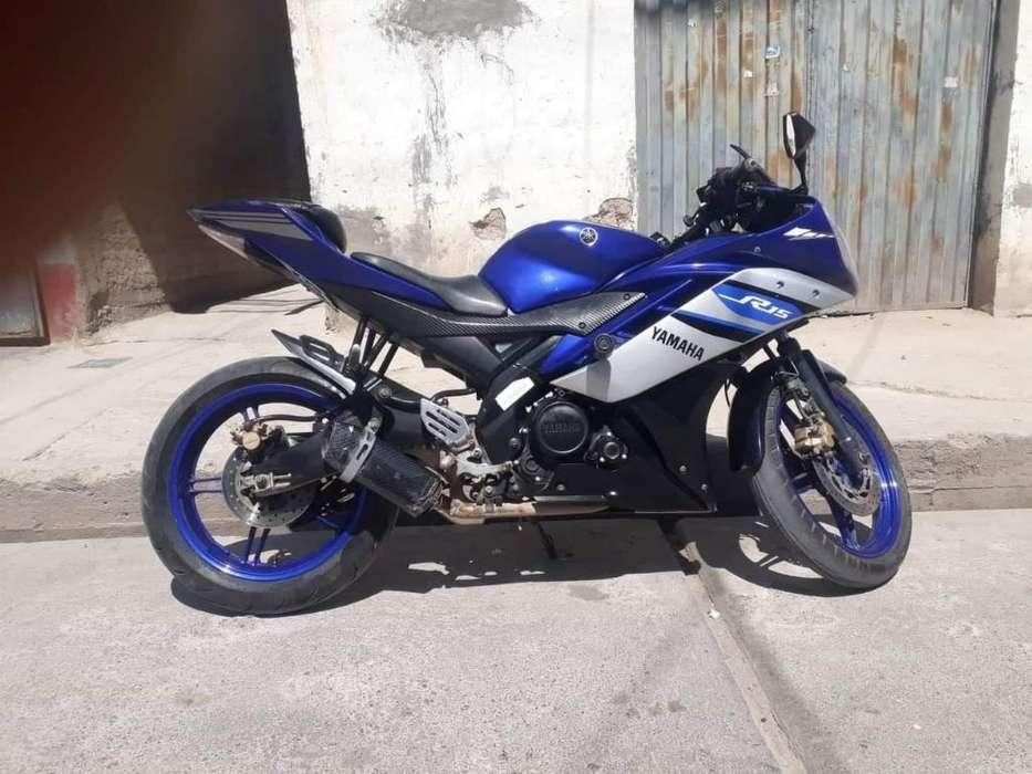 Vendo Moto <strong>yamaha</strong> Yzf—r15