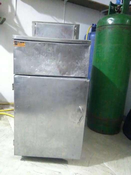 Maquina para Pollo Broaster SE CAMBIA