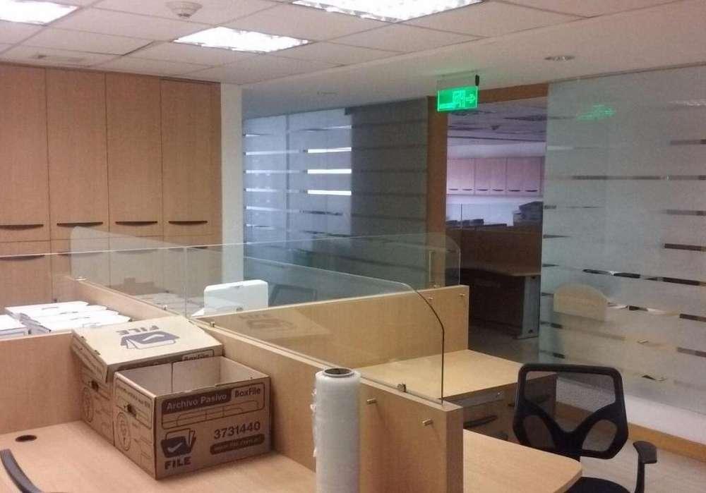 Oficina en Venta 647 m², varios ambientes, <strong>edificio</strong> La Previsora, cerca a Centros Comerciales / Sector La Carolina