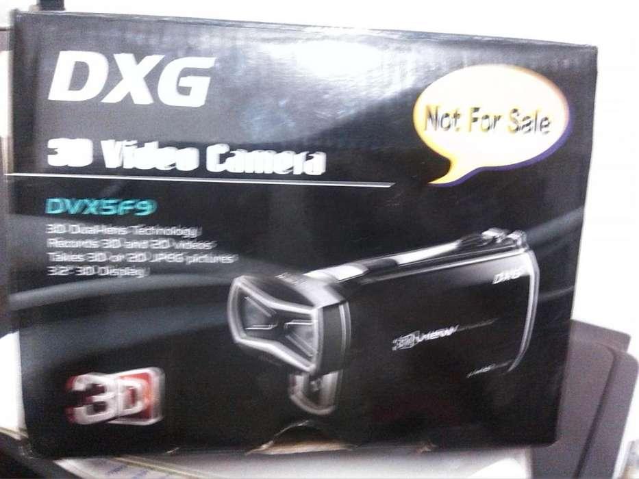 Video Camara 3D DXG 3.2, graba en 3D y 2D.