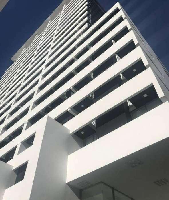 Un gran ambiente y medio a Estrenar con espectacular terraza propia, en Imponente Torre de Vanguardia