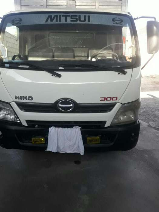 Vendo Camion Hino