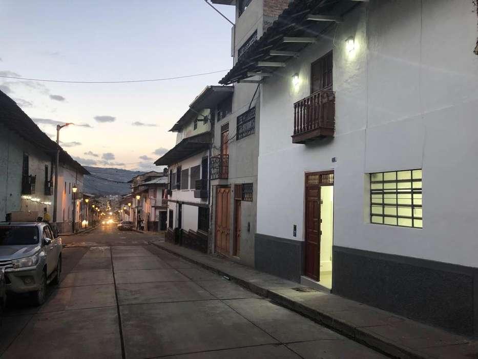 Local comercial cerca a la plaza de armas-Cajamarca