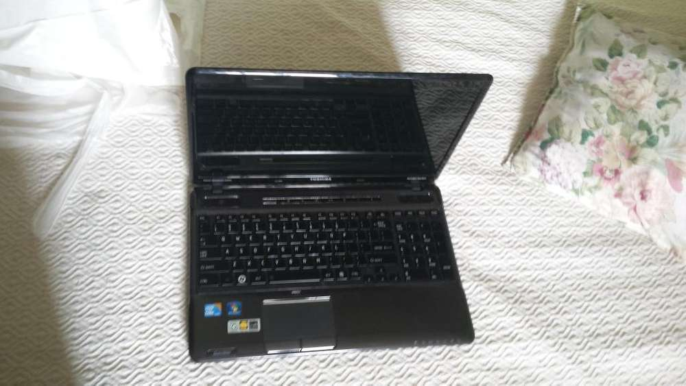 Notebook Toshiba A665s6050 Intelcore I3 2.27ghz Para Respuestos CONSULTAR por PARTE