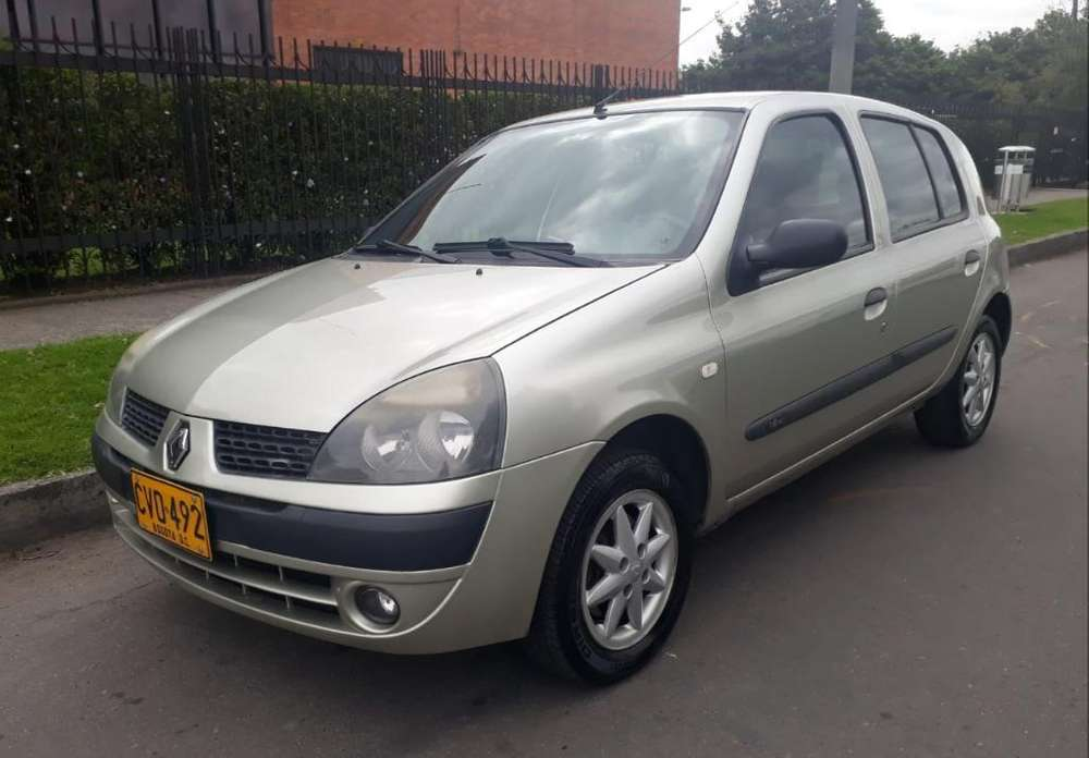Renault Clio  2008 - 91600 km