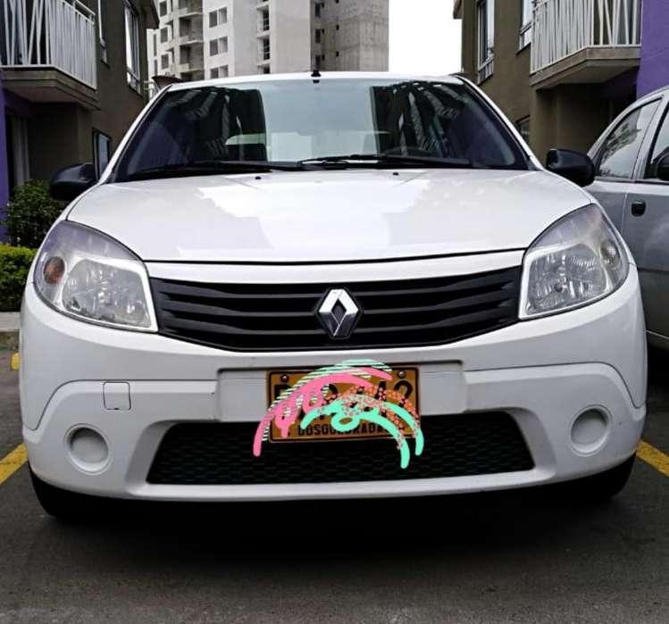 Renault Sandero 2012 - 62800 km