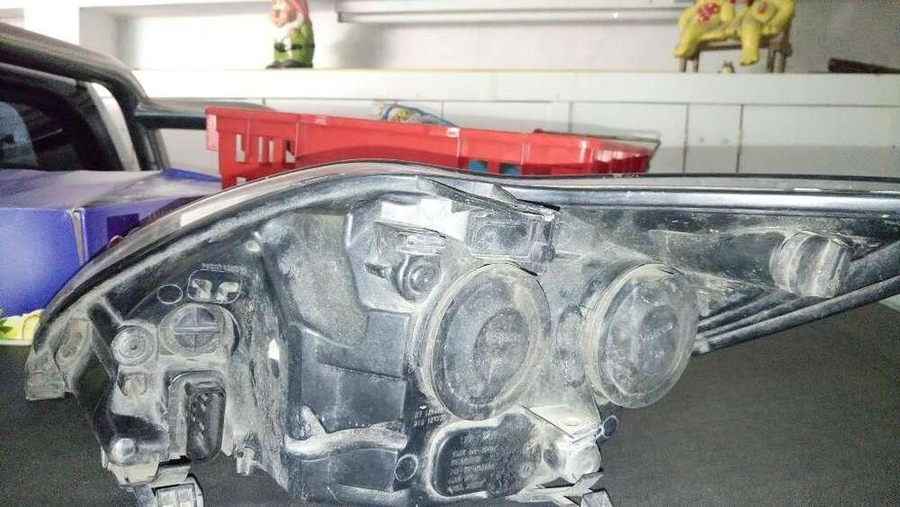 Vendo Optica Completa Ford Focus 2010