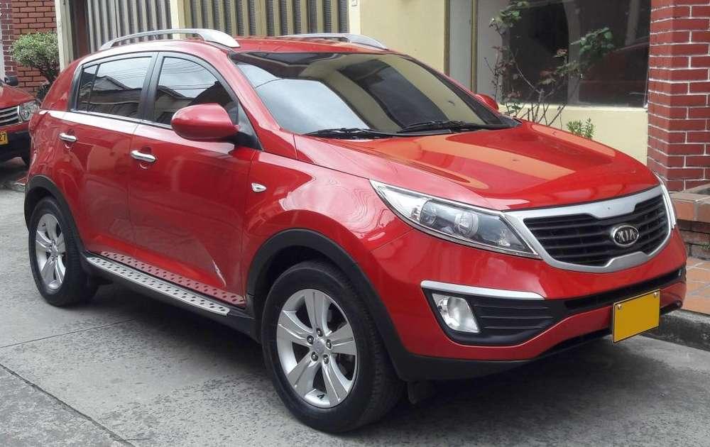 Kia New Sportage 2012 - 90000 km