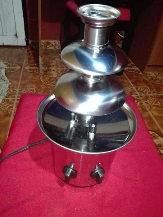 Alquila Fuente de Chocolate 3225820023