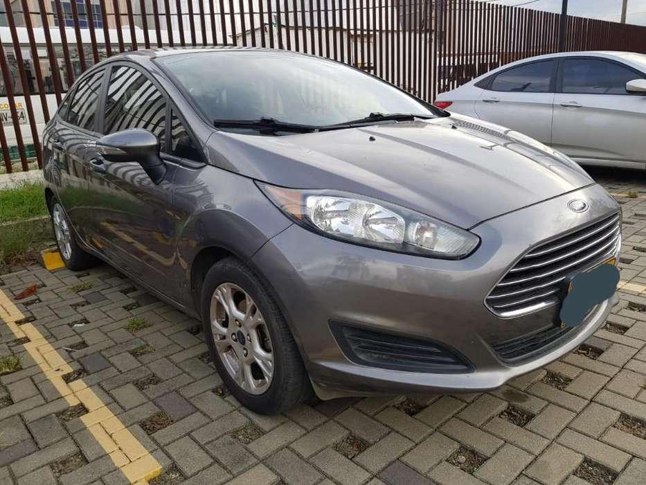 Ford Fiesta  2014 - 69200 km