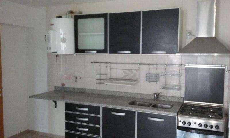 Departamento en Alquiler en Roca, Comodoro rivadavia 16000