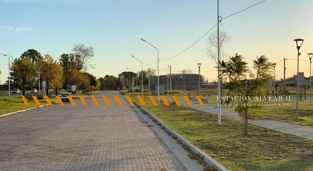 Oportunidad. Lote a la venta en Estacion Alvear. TODOS LOS SERVICIOS. Sin Expensas. Terreno de 570 m2.