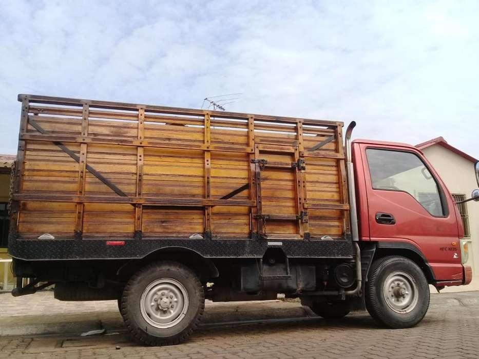 camion JAC 1035 de 3 t
