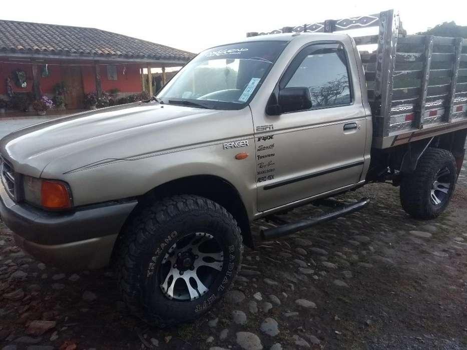 Se Vende Ford Ranger2001 4x4