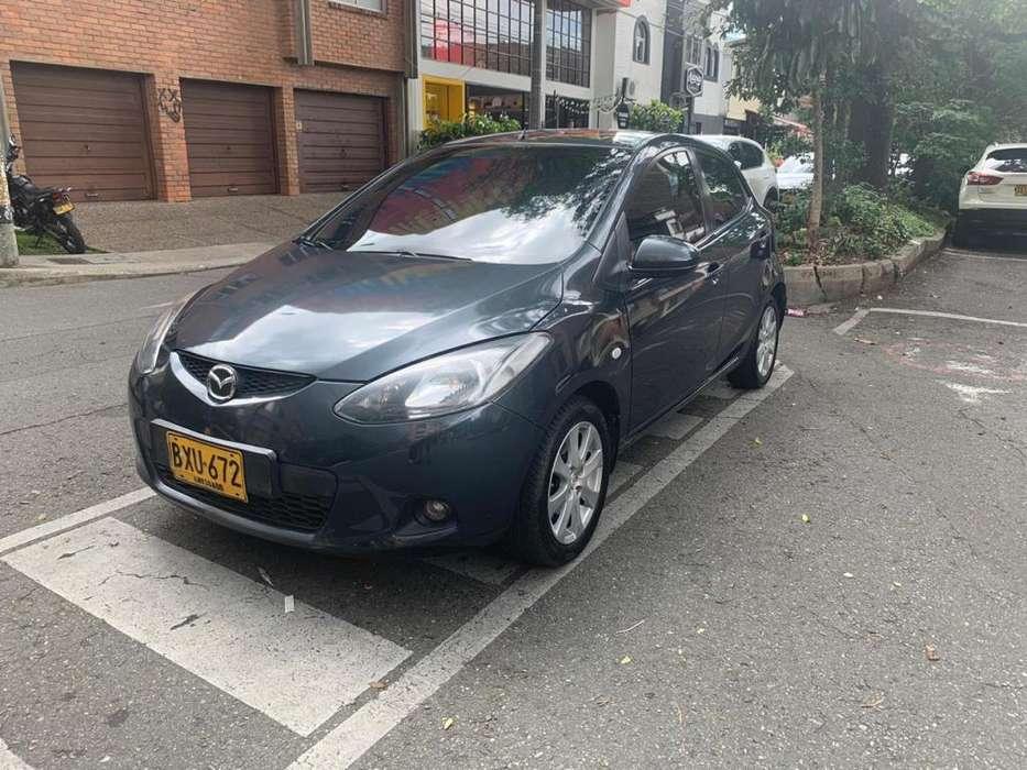 Mazda Mazda 2 2012 - 74000 km