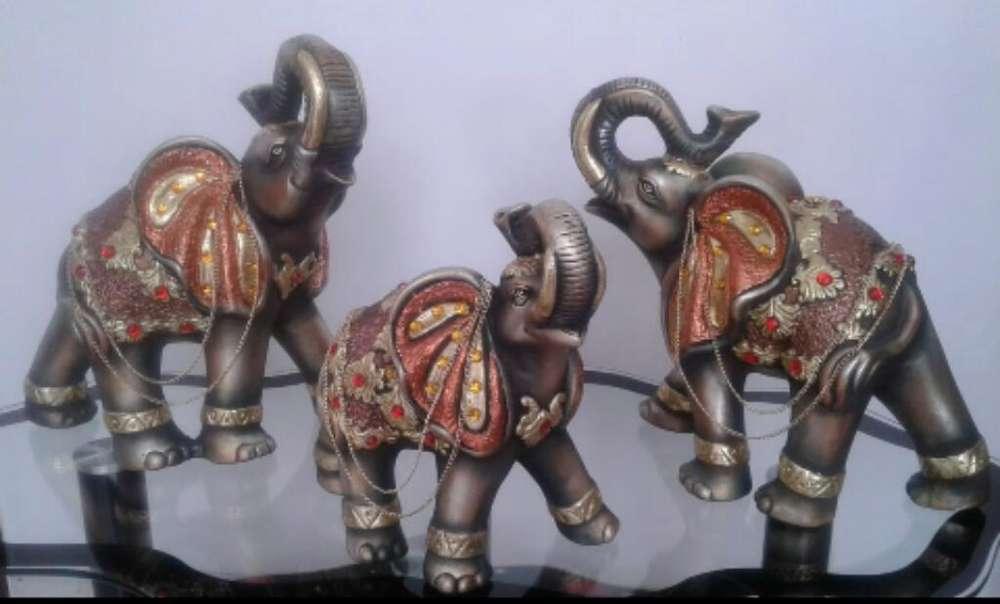 Elefantes en Seramica Diferentes Estilo