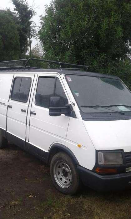 Renault Trafic 1993 - 200000 km