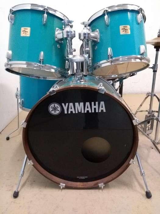 Bateria Yamaha Dp