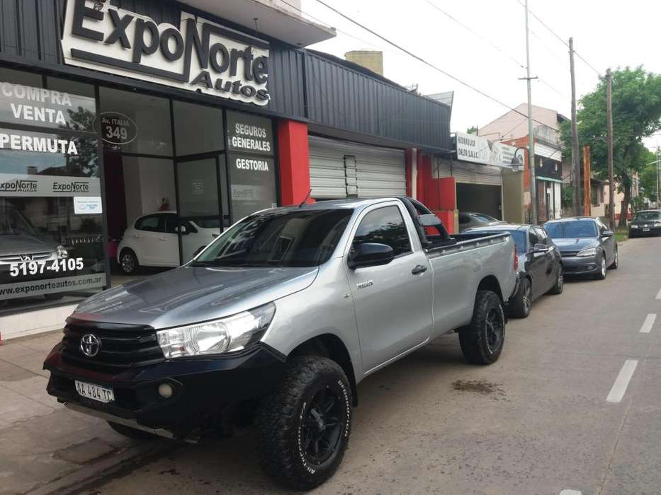 <strong>toyota</strong> Hilux 2016 - 46000 km