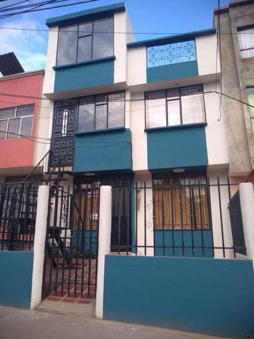 casa en venta con 2 apartamentos en Nueva Aranda