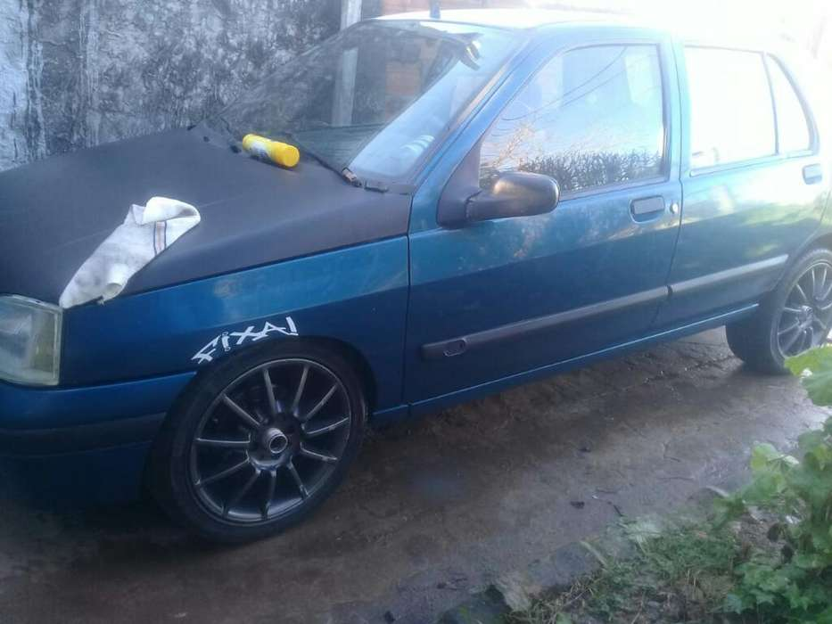 Renault Clio  1998 - 240000 km