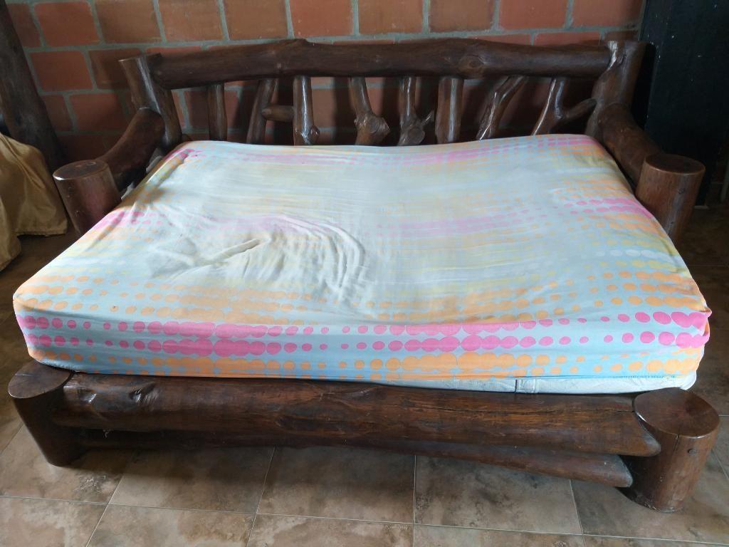 Sofa Cama Rustico en Perfecto Estado