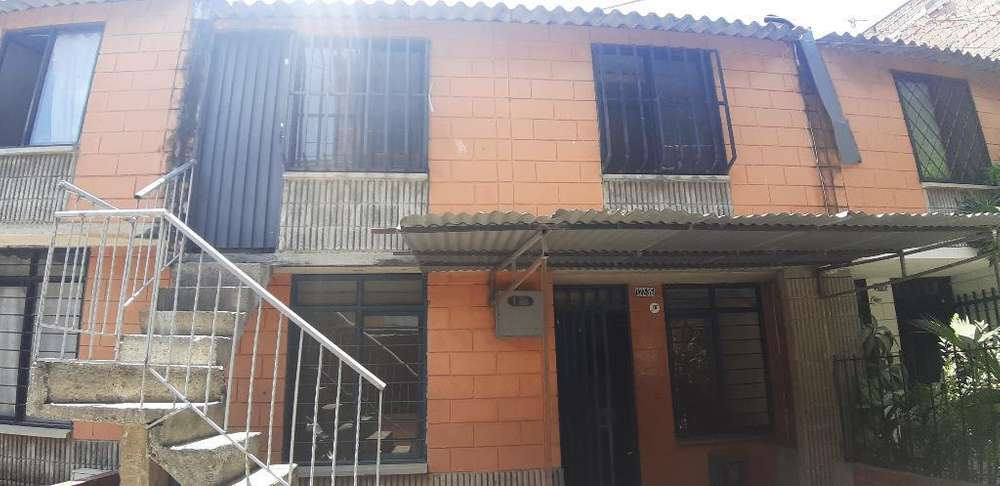 Casa Remansos de Comfandi, Pisos Indep.