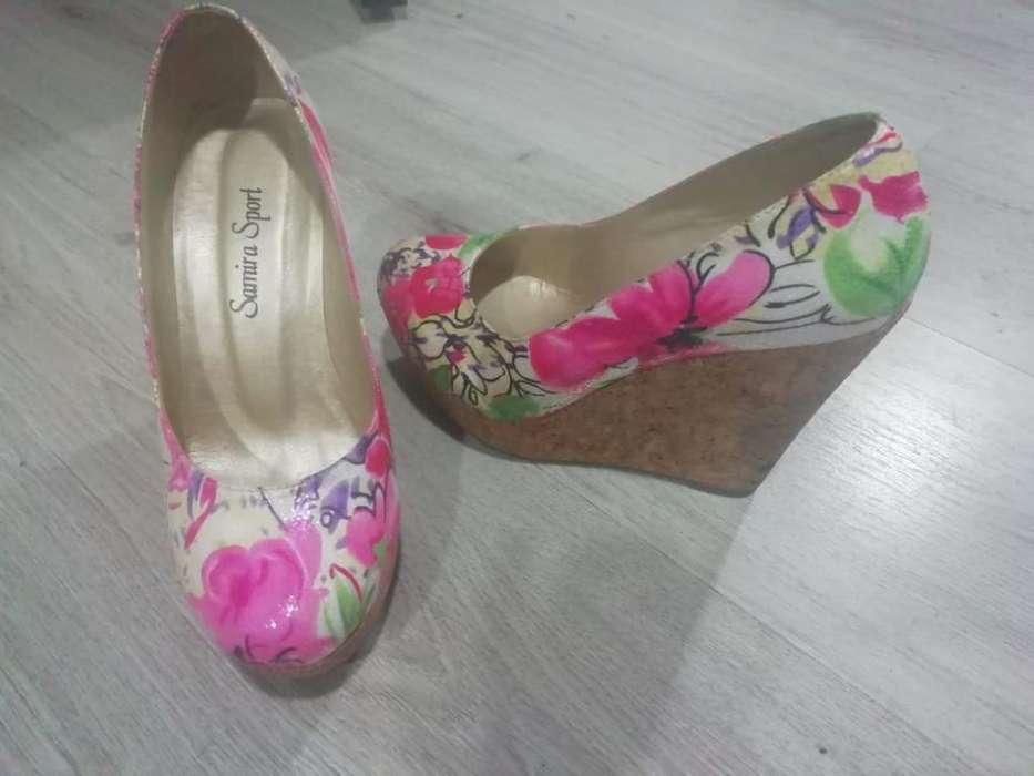 Zapatos Floreados Taco Magnolia