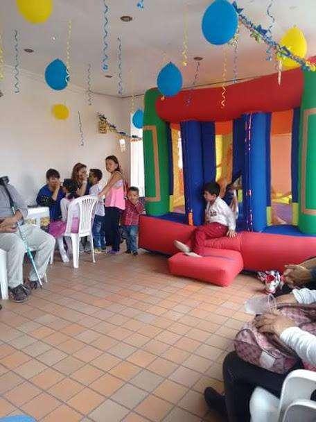 ALQUILER DE GLOBO SALTARIN INFLABLES PISINA DE PELOTAS PARA FIESTAS INFANTILES RECREACIÓN EN BOGOTA